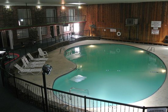 Ramada Mountain Home : Indoor Heated Pool