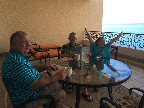 Grand Solmar Land's End Resort & Spa: Fun on the patio