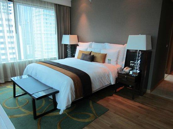Renaissance Bangkok Ratchaprasong Hotel: Comfortable bed