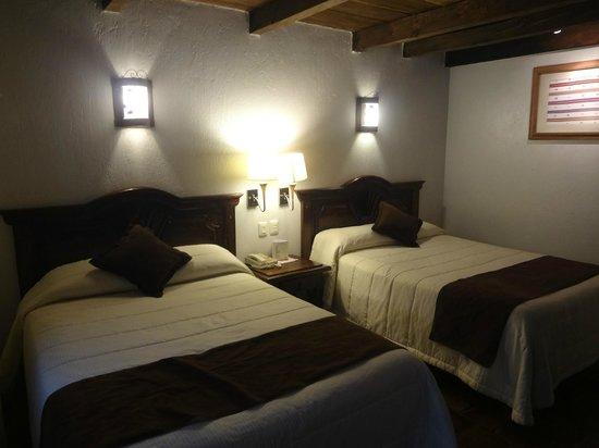 Plaza Magnolias Hotel : Habitación para dos personas.