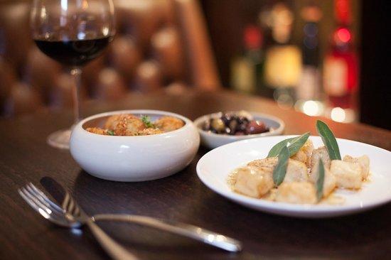 Cavalier Bar & Italian: entrees
