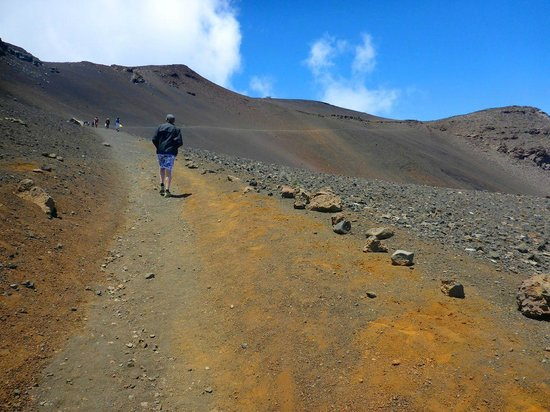 Haleakala Crater: Steep trail - note distant people for scale