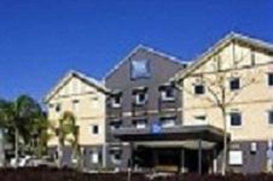 Ibis budget Windsor Brisbane : Hotel Exterior