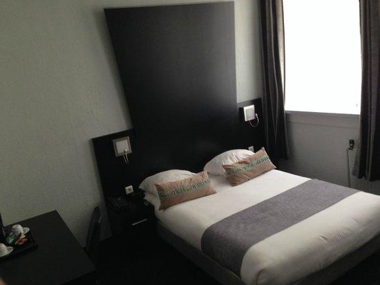 Hotel De Looier : Cama