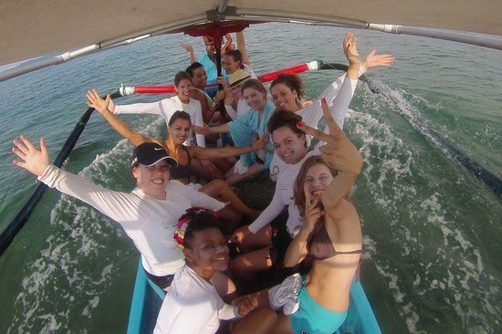 Escape Haven Bali: Group shot, on the way to surf the reef