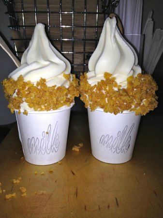 Momofuku Milk Bar: cereal milk soft serve