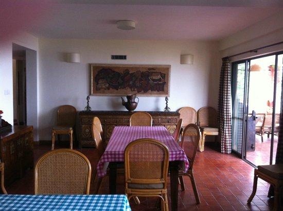 Chandra Ban Retreat: Dining Room
