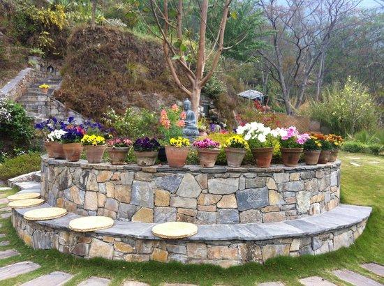 Chandra Ban Eco-Resort: Garden