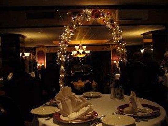 Rossini's Restaurant : 雰囲気良いレストランでした