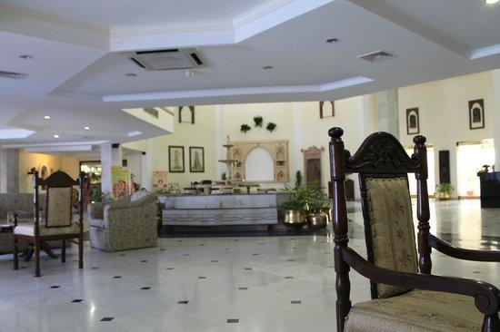 Ramada Khajuraho: Reception Area
