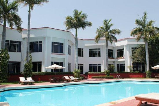Ramada Khajuraho: Pool