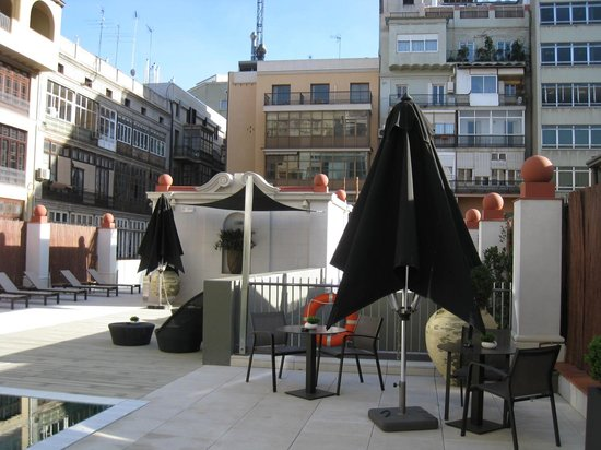 Hotel Catalonia Passeig de Gracia: Terrace area