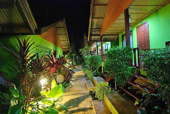 Pada Hotel : garden