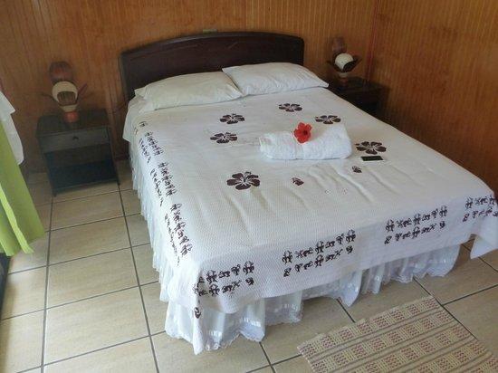 Chez Maria Goretti: La cama