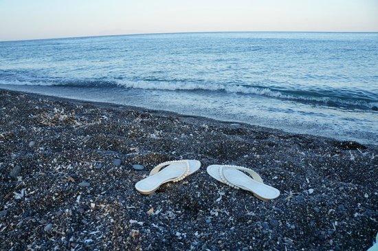 Perissa Beach : Песок