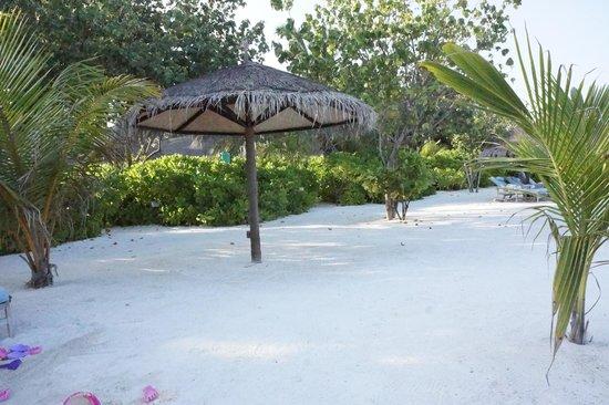 Four Seasons Resort Maldives at Kuda Huraa: All over the Beach
