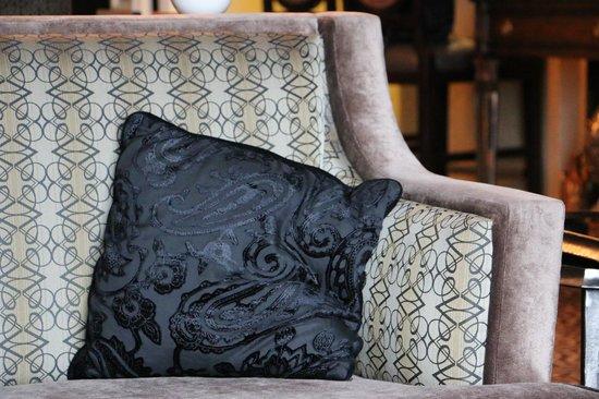 Hotel Julien Dubuque: Living room