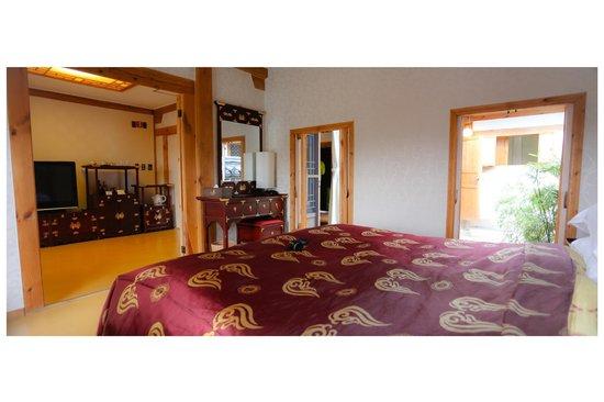 Millennium Palace Resort & Spa Ragung: master bedroom