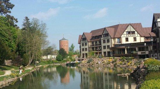 Hotel Spa Restaurant Domaine Du Moulin: Vue extérieure