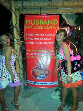 Red Coconut Beach Restaurant: Husband day care center at Red Coco Bar...
