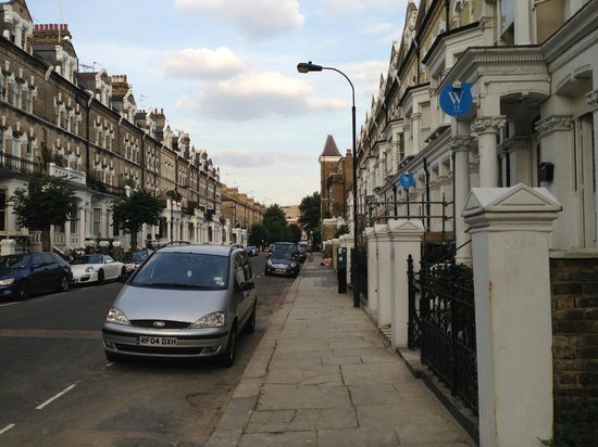 The W14 Kensington: Вид с улицы
