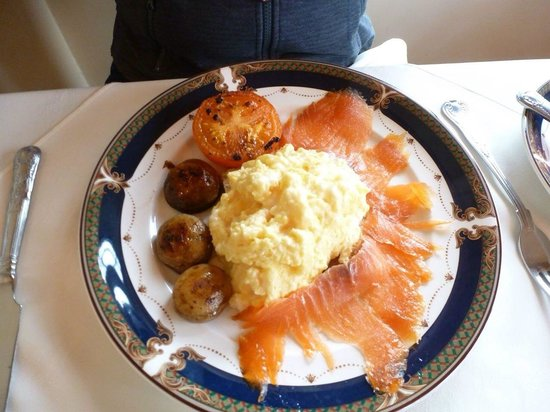Friars Glen: Scrambled eggs and salmon