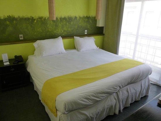 Hotel Fundador : Bed