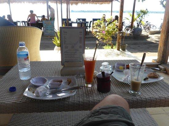 Manta Dive Gili Air Resort: Frühstück