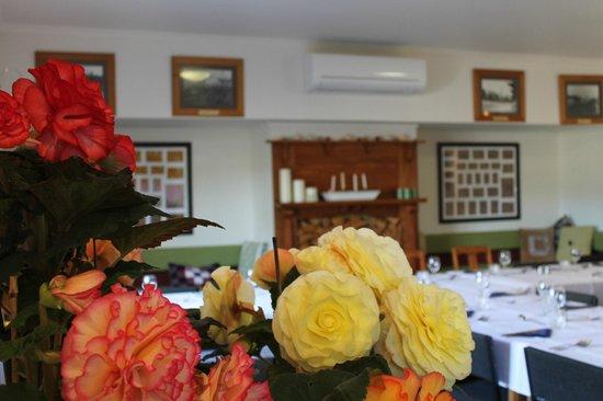 Stony River Country Diner: Stony River dining room