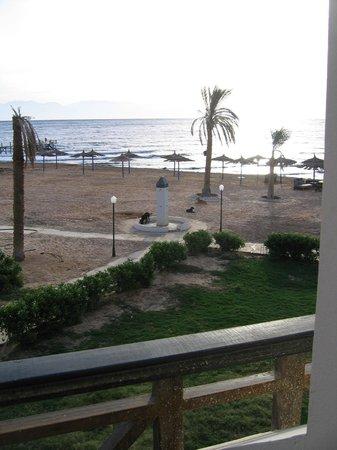 Sea Sun Hotel Dahab: вид на пляж
