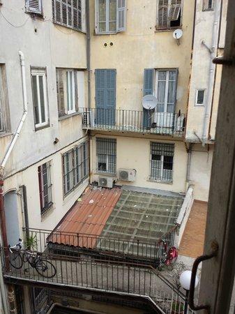 Hotel Rex: Vu de la fenêtre (sans les bruits des voisins)