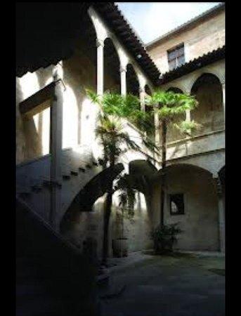 Antiguo Hospital de Santa Maria