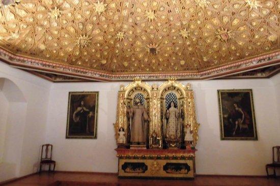 Monasterio de San Antonio El Real: Cripta donde se iva a enterar enrique IV