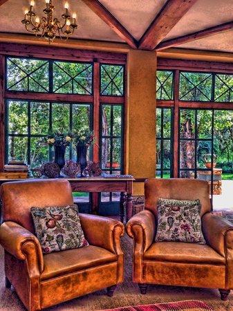 De Hoek Country Hotel: Pre-Lunch Drinks