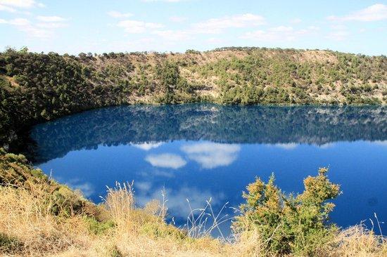 The Blue Lake: Beautiful reflections