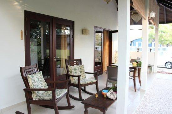 Villa L'Orangerie: comfort op het terras