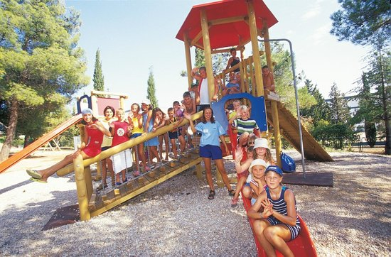 Bluesun Resort Bonaca : Mini club, entertainment staff