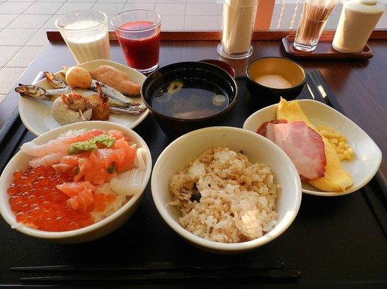 La Vista Kushirogawa: 最高の朝食