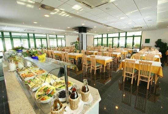 Bluesun Resort Bonaca : Restaurant buffet