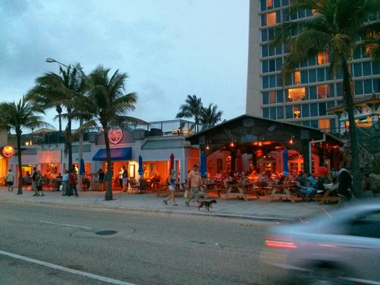 Courtyard Fort Lauderdale Beach: Bubba Gump