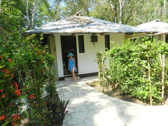 Chan-Kah Resort Village: Bungalow im Urwald