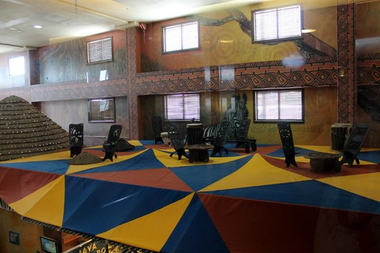 Kalahari Resorts & Conventions: on top of the roof of one of the stores