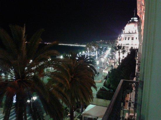 Hotel West End: vista notturna