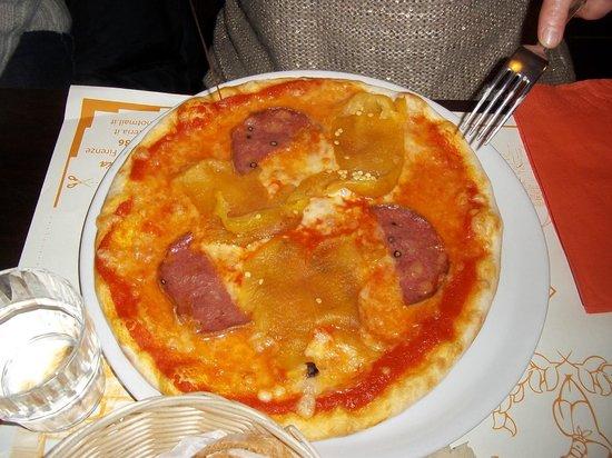 La Divina Osteria : pizza