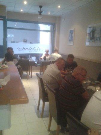 Deja Vu : Happy Customers 2