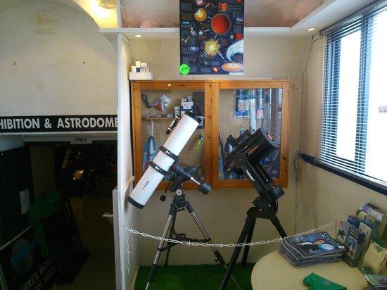Island Planetarium: Telescope Are in the Shop