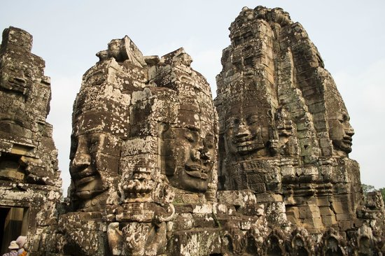 Bayon (Angkor) : Some fo the Buddha faces etched in