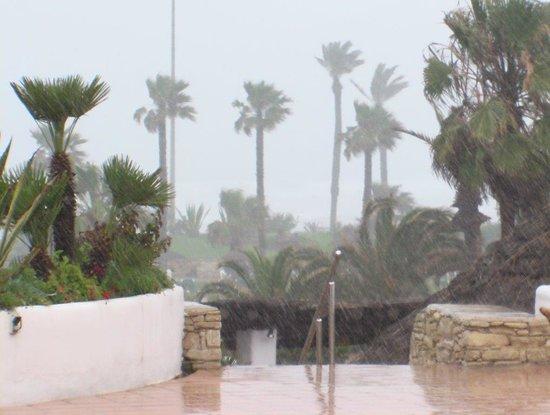 ClubHotel Riu Tikida Dunas: Un jour de pluie à l'hôtel (02/04/2014)