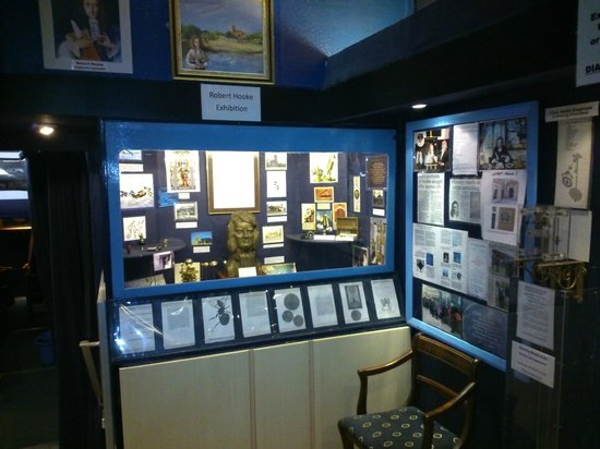 Island Planetarium: Robert Hooke Display