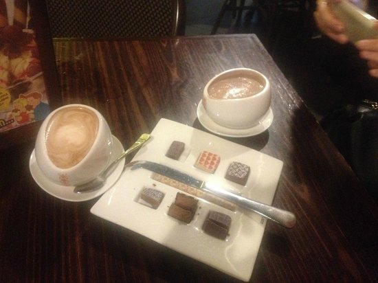 Max Brenner Chocolate Bar : coconut hot chox, praline tasting plate, milk hot chox